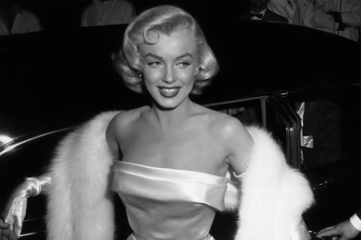 Marilyn Monroe is often considered to be a plus-size icon, despite weighing around 120 pounds.