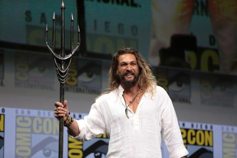 "Savior of the sea and land ""Aquaman"""