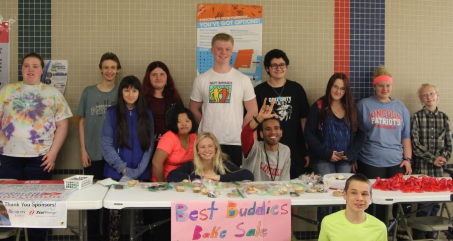 Students involved in Best Buddies come together to lead the national Spread the Word to End the Word campaign.