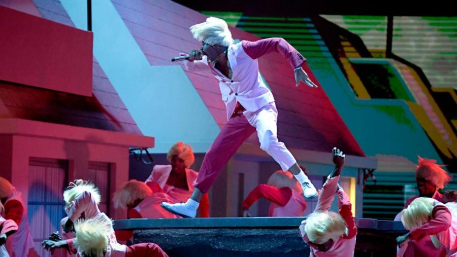 Tyler%2C+the+Creator+performs+%E2%80%9CEARFQUAKE%E2%80%9D+and+%E2%80%9CNEW+MAGIC+WAND%E2%80%9D+with+25+Igor+clones.