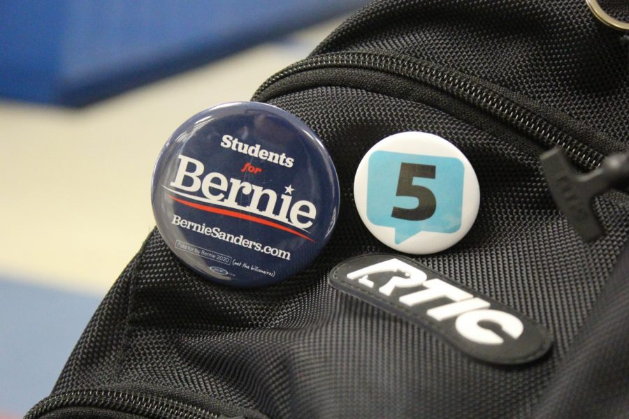 An LHS student wears a Students for Bernie pin in support of Sanders' run for President.