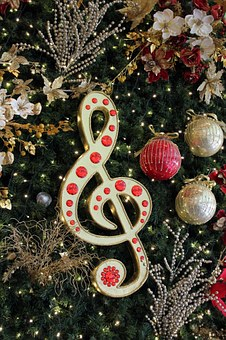Get into the holiday spirit with the perfect holiday playlist!